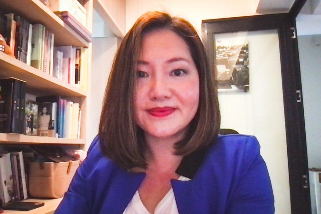Female moderating an online forum